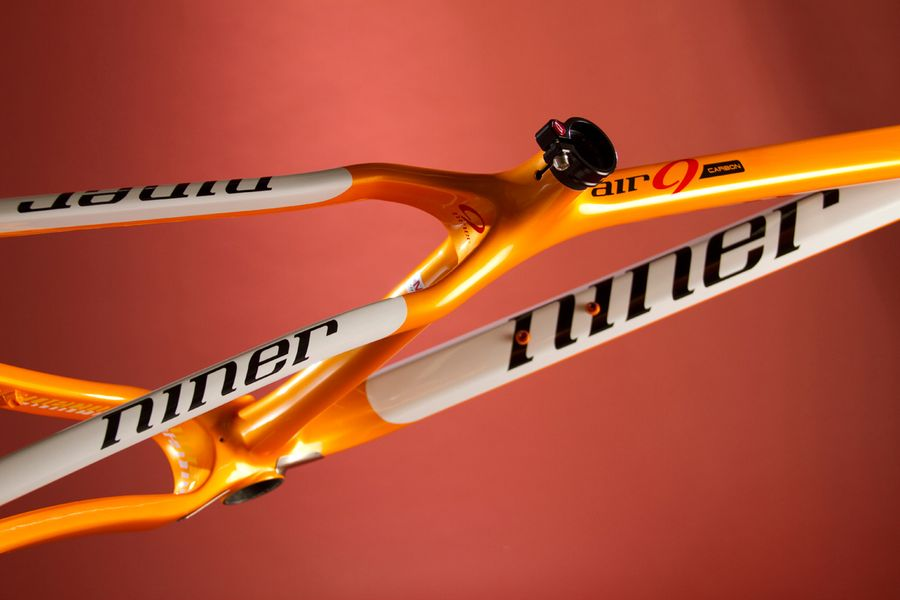 air-nine-carbon-niner-2014-2